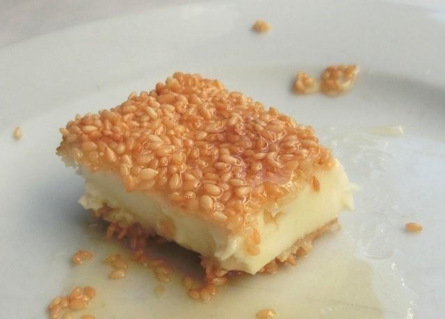 サガナキは「揚げチーズ」